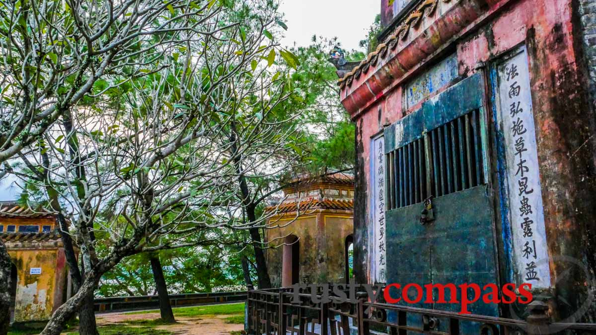 Vietnam by the Book - 15 days - Old Compass Travel Book Club